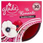 Glade Be Romantic Świeca 120 g