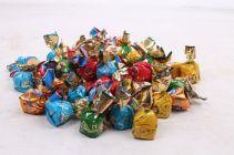 Solidarność Złote Praliny Czekoladki z aksamitnymi kremami 1 kg